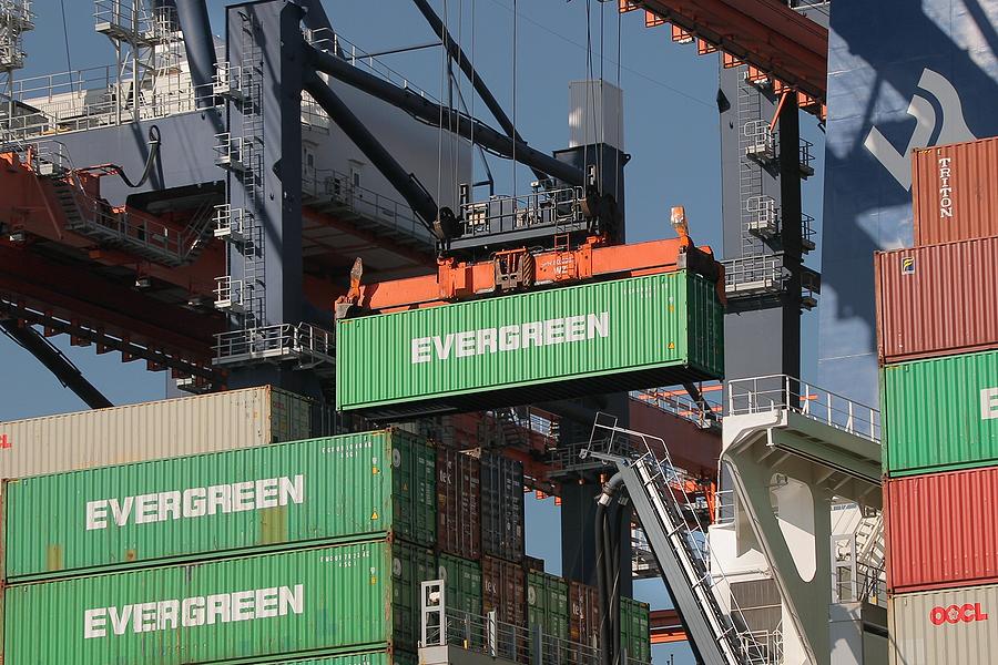 Container unloading procedure